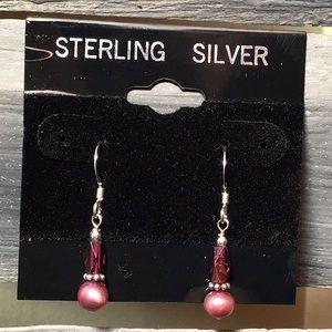 Jewelry - 🎉SALE🎉 Sterling, Pearl & Garnet Earrings